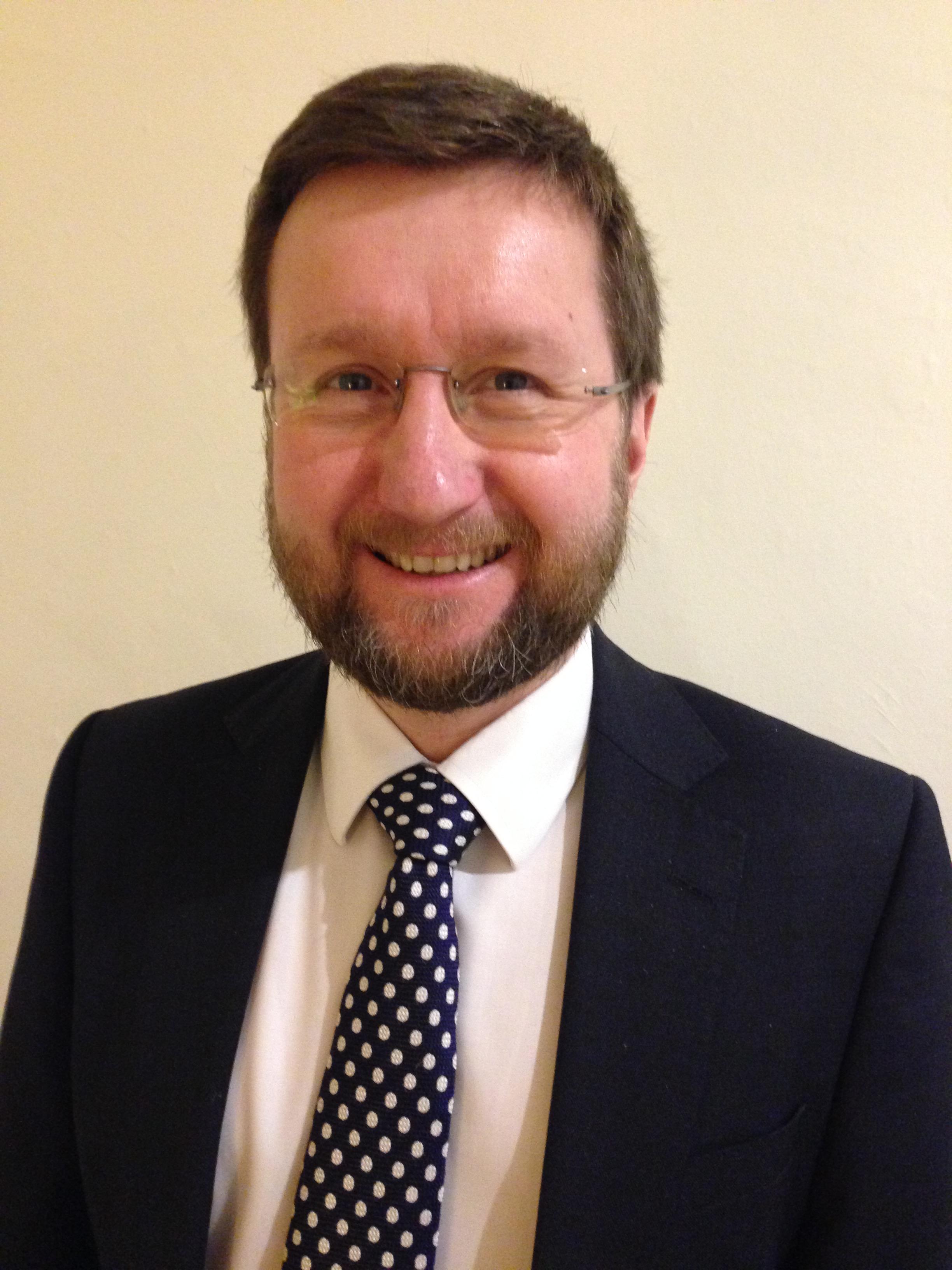 Dr Richard Duggins